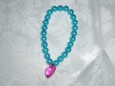 bracciale di perle e cuore