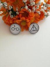 Harry Potter orecchini cammeo a lobo con immagini dedicate alla saga di Harry Potter