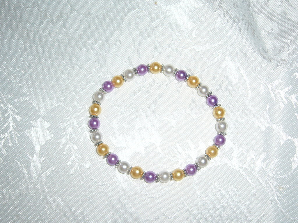 bracciale di perle e distanziatori