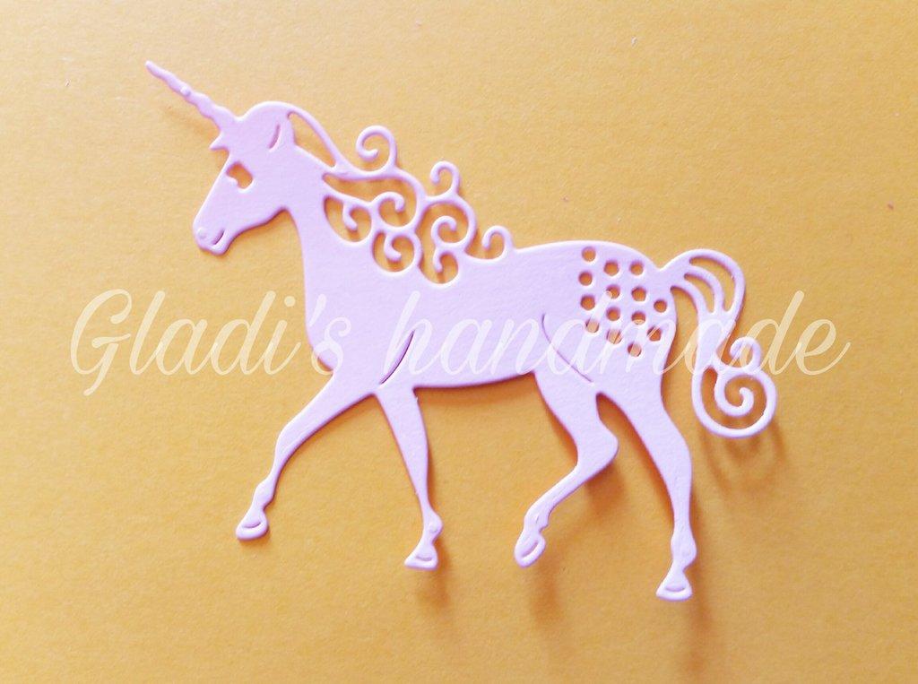 10 unicorni in cartoncino