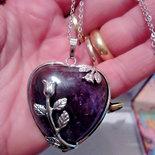 Collana con ciondolo cuore di vera ametista pietra dura naturale chakra cristalloterapia