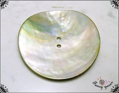 Grande bottone mm.50  in vera madreperla di alta qualità