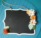 romantica lavagnetta in legno con fiori di feltro - arredo - decorazione - shabby