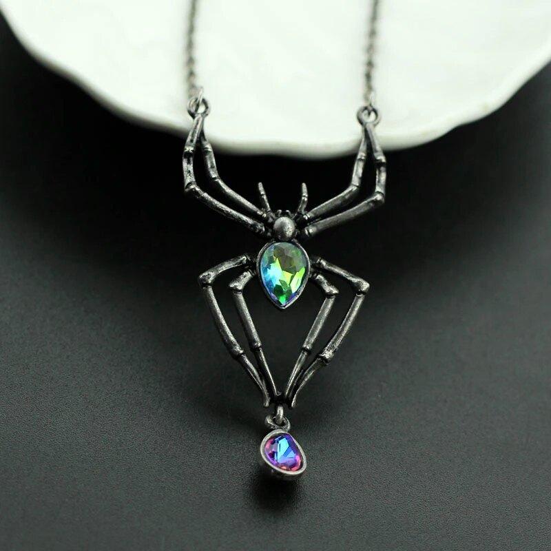Collana ragno cristallo gotico dark