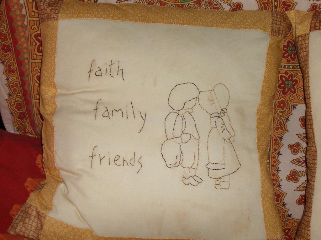 cuscino stitch