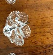 Rosette, fiori o rose, pezzi di ricambio per specchi e plafoniere, con pezzi rotti, in vetro di Murano e chiodi per essere appese