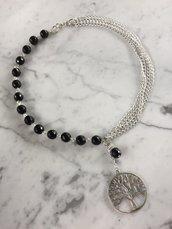 Girocollo con perle in onice, catene e pendente