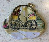 Portamonete Bicicletta in Primavera