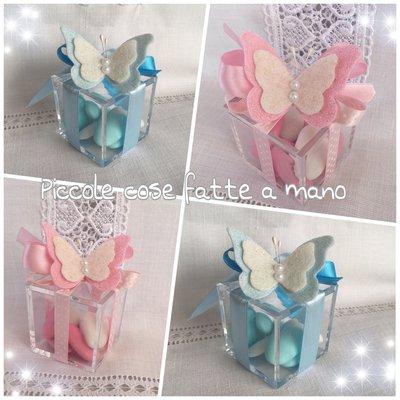 Bomboniera Scatolina  portaconfetti in plexiglass con farfalla per Battesimo
