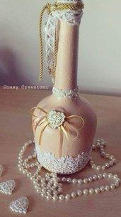 Bottiglia shabby chic rosa antico con cuore di gesso, merletti, nastrini,perla