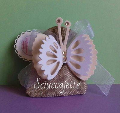 Sacchetto portaconfetti con farfalla magnete