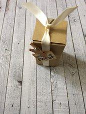 Scatolina matrimonio confetti shabby chic cartoncino kraft apertura dall'alto