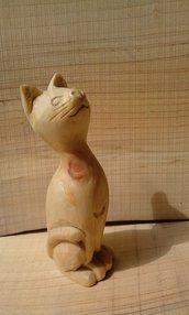Gatto scolpito in legno di cirmolo
