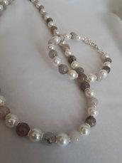 Parure collana e bracciale di perle bianche cristalli grigio sfumato