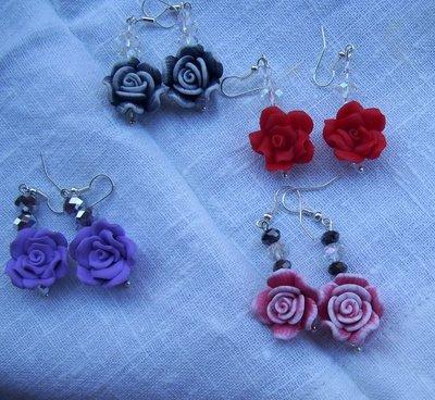 Orecchini con rose di fimo