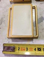 Fibbia in Metallo color Oro Satinato con piastrina Crema