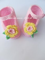 Scarpine bambina in rosa con fiore giallo