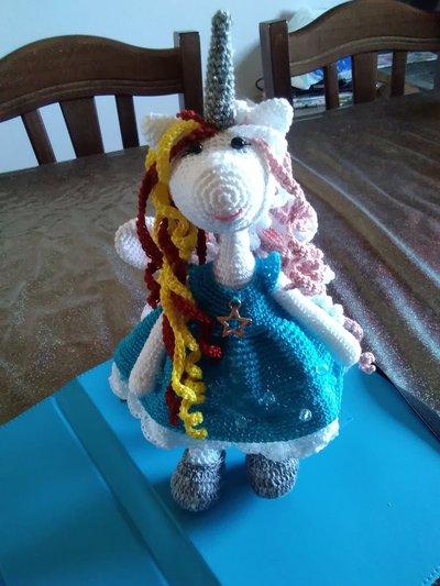 Bambolina Unicorno amigurumi