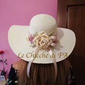 cappello di paglia e rose