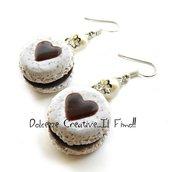 Orecchini Macarons heart - Macaron stracciatella e cioccolato - miniature handmade