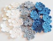 Fiori a uncinetto per applicazioni / Uncinetto fiori applicazioni fiori Set di 30 fiori uncinetto 6 petali Scrapbooking/ Bianco Celeste Blu