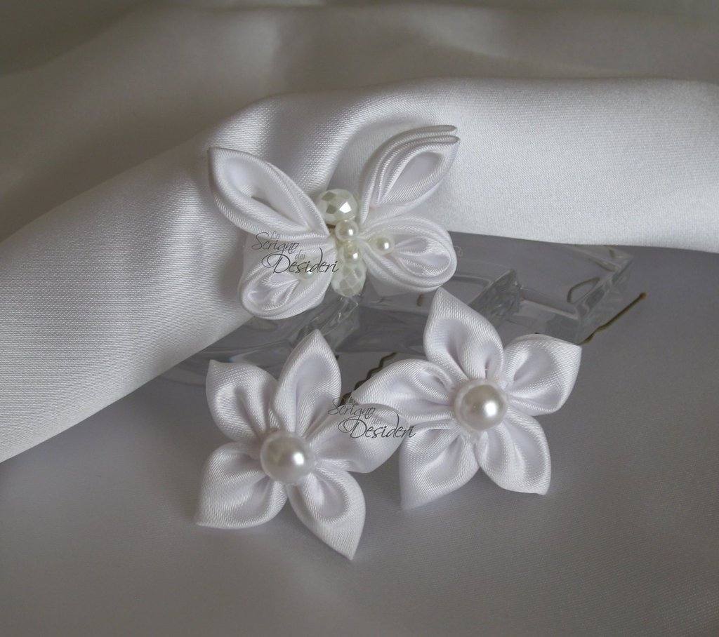Forcine per capelli sposa colore bianco con fiori e farfalla