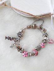 bracciali charm dedicati alla linea family. mix di charm anche con tonalità rosa argento 925
