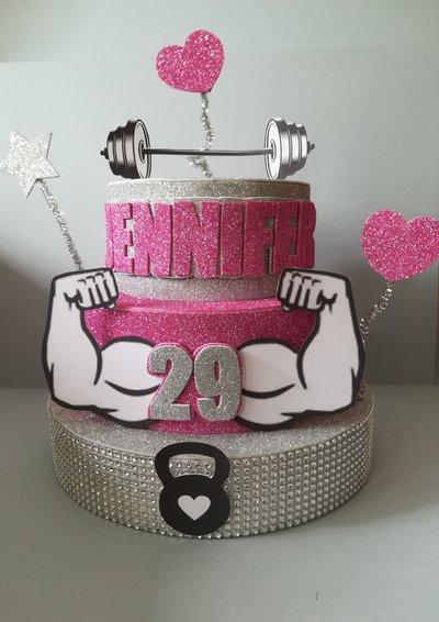 Torta decorazione compleanno festa party gomma crepla glitter nome anni personaggio preferito cartoni muscoli palestra