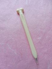 Penna a sfera imitazione ossa pn115