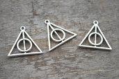 12 charms ciondoli triangolo tono argento Doni Della Morte Harry Potter
