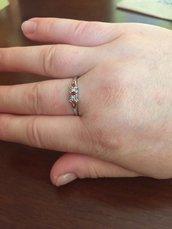 Anello argento 925 con zaffiro bianco e opale di fuoco