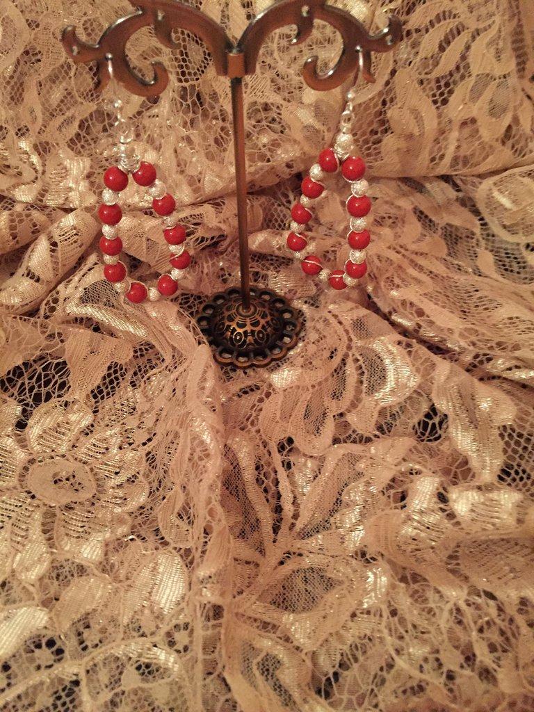 Orecchini con perle rosse Swarovski