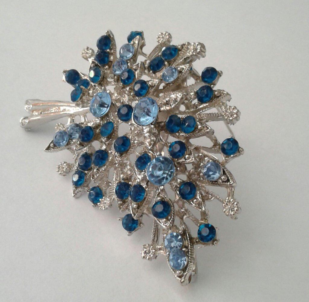 Spilla, spilla vintage, spilla argento, regalo, per lei, regalo per la mamma, spilla per cerimonie, spilla giacca, spilla elegante, sposa