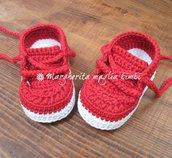 Scarpine tennis rosse neonato/bambino fatte a mano - uncinetto - cotone