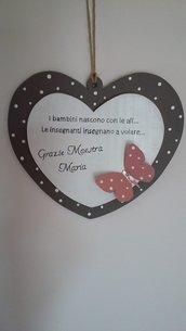 cuore in legno decorazione murale, ricordo per maestre, su ordinazione e personalizzabile