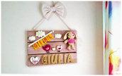quadro - fiocco nascita, Quadro con nome di bambina/o in legno con decorazioni in stoffa ed uncinetto, personalizzabile,