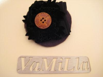 Spilla -- brooch