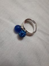 Anello affinity: perle di onice e pavè blu