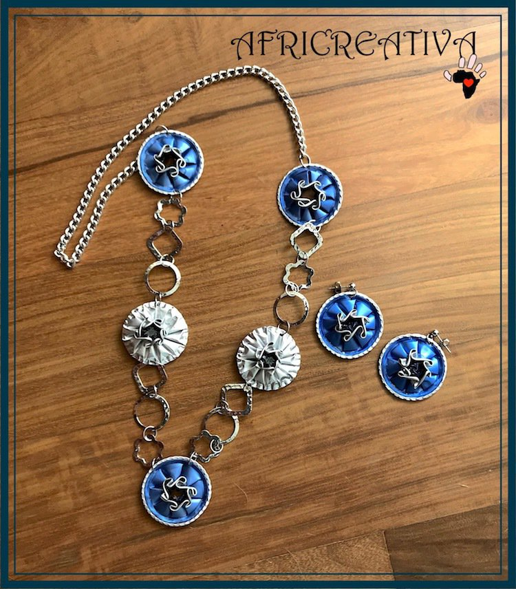 Parure azzurra e argento