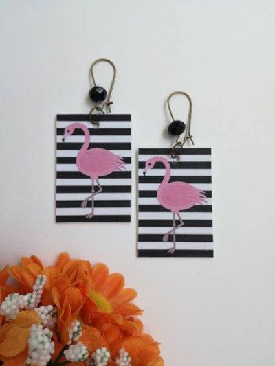 Flamongo style orecchini di carta pendenti con ciondolo rettangolo, immagine fenicottero e perlina nera