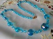 collana lunga con perle azzure in mezzo cristallo e vetro,fatta a mano