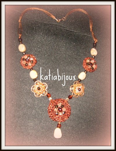 collana linea flowers...BROWN