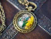 Collana vintage in stile steampunk con ciondolo a forma di orologio e cabochon in resina