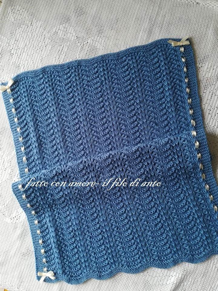 Copertina culla in pura lana 100%  con nastro in raso / corredino neonato / neonata