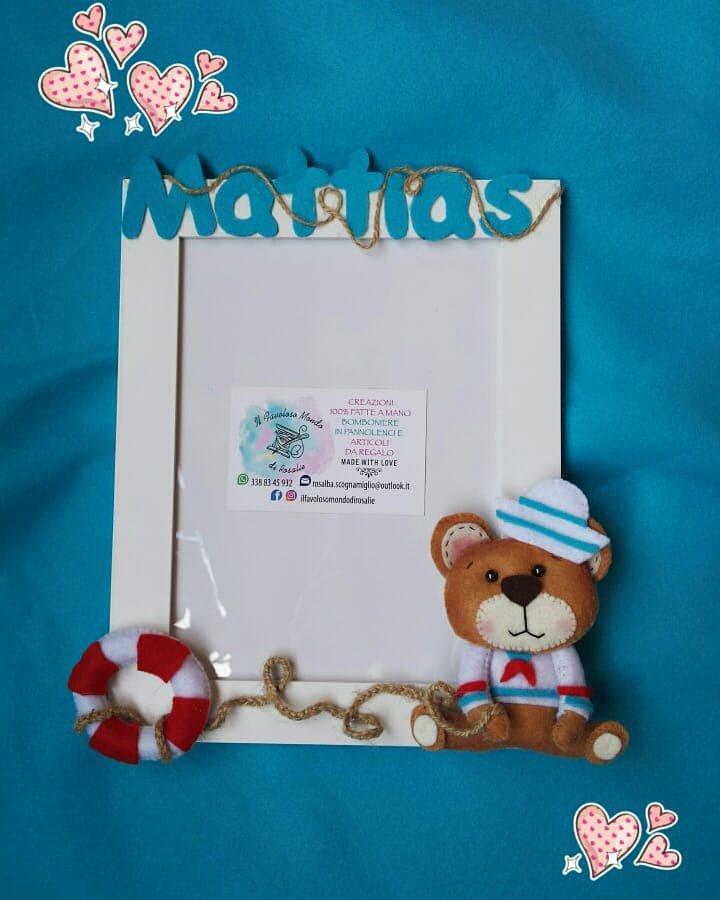 Portafoto in legno con orsacchiotto e nome in pannolenci