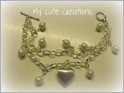 Bracciale con cuore in argento e perline bianche