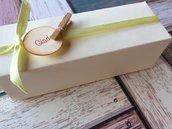 Scatolina confetti matrimonio battesimo laurea comunione misura media cartoncino avorio texture lino ruvido con nastrino
