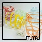 Set di bicchieri in vetro di Murano. Colori policromi e ideali per l'uso quotidiano. Leggeri e resistenti