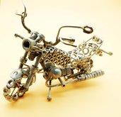 guzzi  Regalo per Biker Scultura in metallo  art metal guzzi arte regalo per guzzista  made in italy fatto a mano california guzzi harley