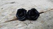 Orecchini rose nere lobo acciaio bigiotteria gioielli artistici artigianali idea regalo gothic dark emo